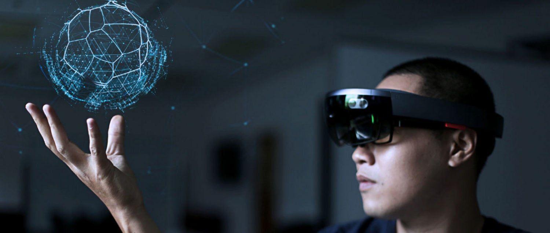 hybrid reality virtual reality microsoft hololens